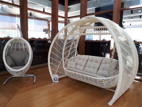 садовые качели КАЛИПСО, подвсное кресло БЛИСС белого цвета фото