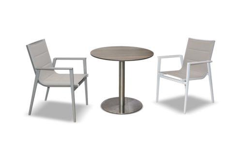 набор мебели из двух стульев и стола фото